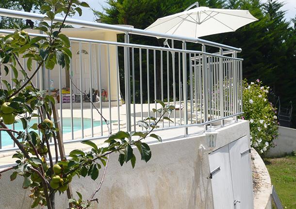 sécurité piscine barrière de sécurité piscine en aluminium