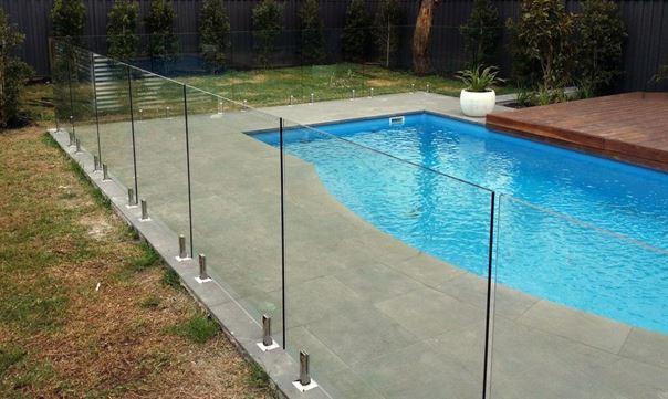 sécurité piscine barrière de sécurité piscine tout verre