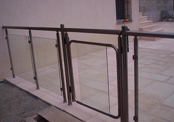sécurité piscine barrière de sécurité portillon de piscine barrière de sécurité portillon de piscine